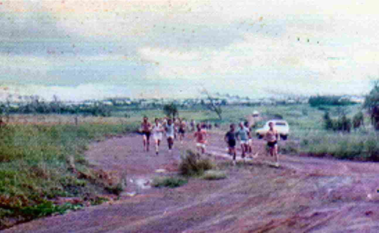 Cross-Country in 1976 - running up the track from Rapid Creek to the Dripstone Cliffs.